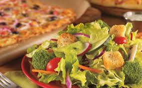 cicis-salad-on-buffet